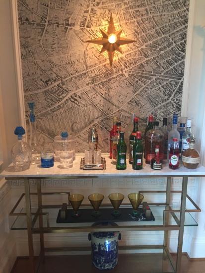 Jonathan Senner bar